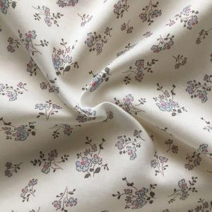 tissu coton fleuri motifs fleurs champetres